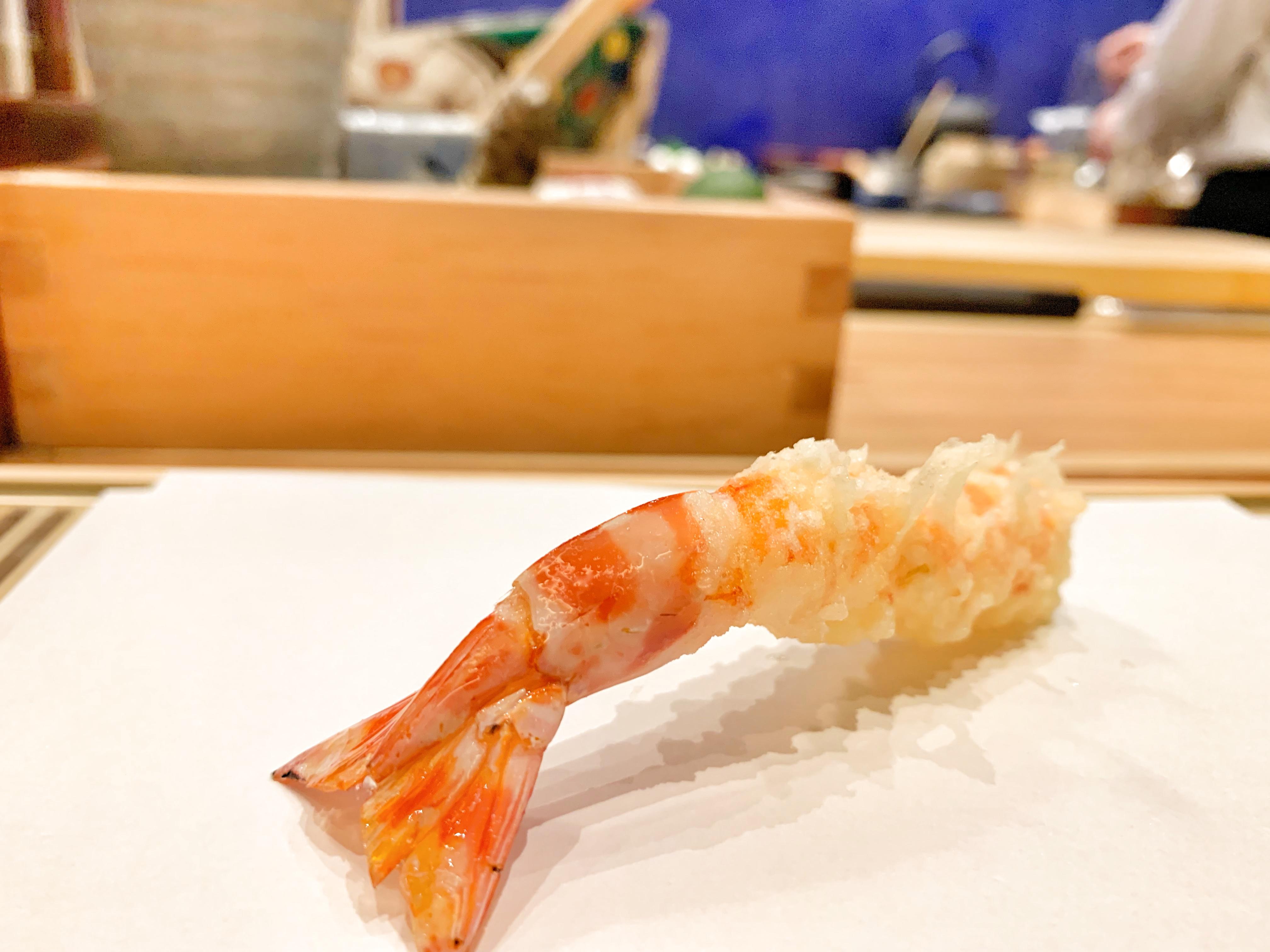 誕生日は食い倒れ!中目黒にある、見た目は最高にボロいけど最高に美味しい天ぷらと、六本木の焼いてくれる焼肉屋さん!